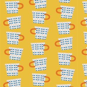 Tea scandi cups in yellow