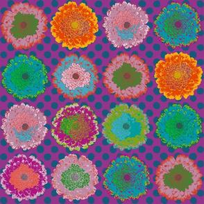 blumen-auf-punkten-dunkelblau-purpur