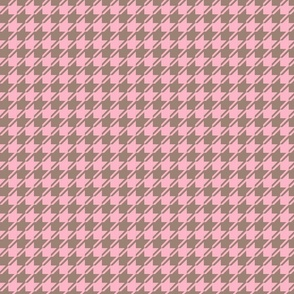 pink and brown houndstooth small