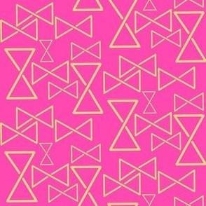 Nordic Mobius Strip Triangle pink yellow large