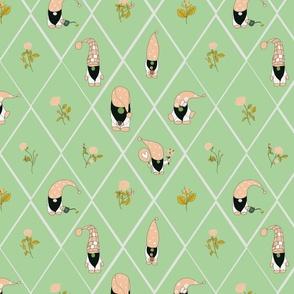 gnomerosegardeninlightgreen