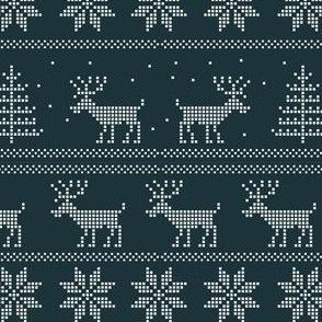 deer winter sweater pattern