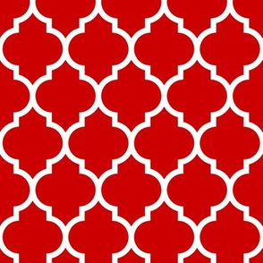 moroccan quatrefoil lattice in red