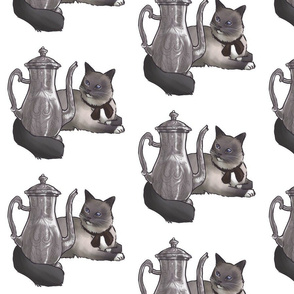 Kitten Tea Party, Tea Pot