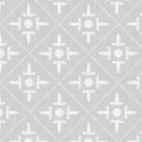 colonial_cross_gray_pearl