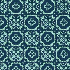 blue_silhouette_w_lattice-145731