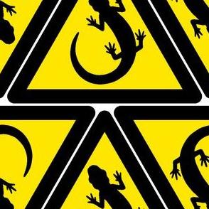 01709318 : newt hazard signs