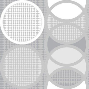 Circling Around - grayscale