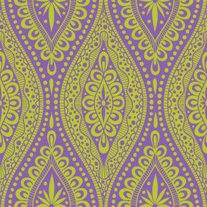 Scallopy-chartreuse on purple