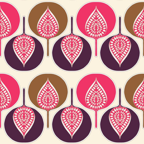 tree_hearts_multi_pink