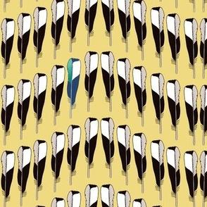 Magpie Feather Chevron Gold