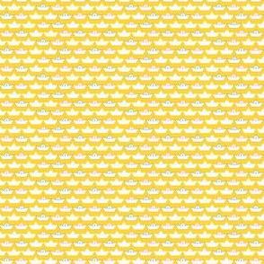 paper_boat_blanc_fond_jaune_XS
