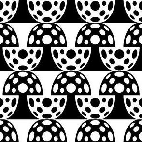 02179397 : fungi 2j : black + white
