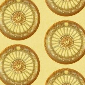 WREATH ornament - gold