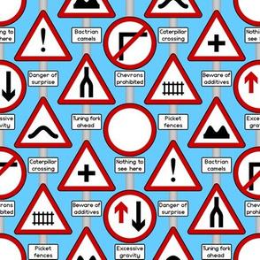 02253438 © joke road signs 9X
