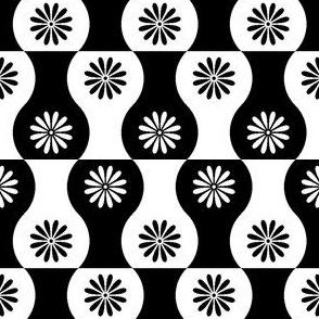 02270167 : vase 2j : blackandwhite