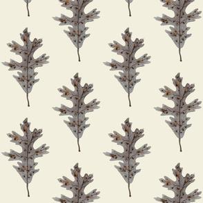 Silver Oak Leaf Natural