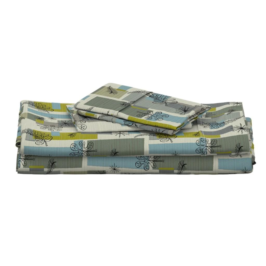 Langshan Full Bed Set featuring 50s Floral /01 by elizabeth_hale_design
