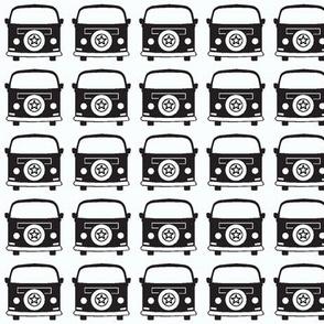 camper black white
