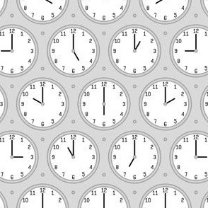 02400292 : twelve hour clocks