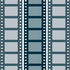 02457317 : film cell stripe 2 : noir