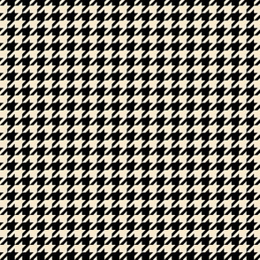 The Houndstooth Check - Hunters Run