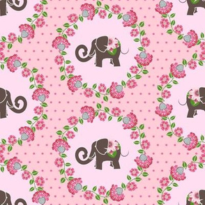 Elephant Cameo in Pink