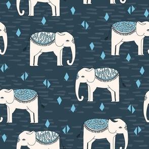 Elephant Parade - Parisian Blue/Chapagne/Soft Blue
