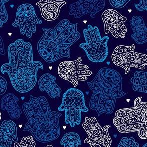 Hamsa hand of fatima moroccan arabic ornament pattern