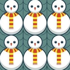 02676971 : snowman + holly