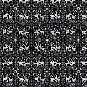 Grey deer small design-ch