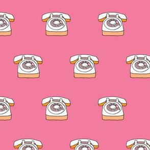 Hello yes - Retro telephone pink
