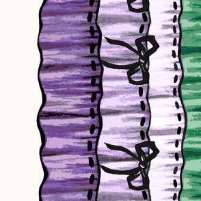 Trompe l'oeil ruffles border purple green