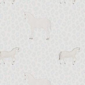 Rwwowr! Wild ponies!
