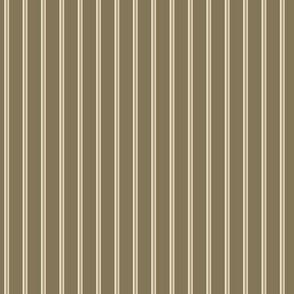swizzle straws in winter tans