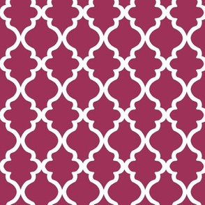 Quatrefoil on Rose Background