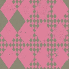 Desert Taupe Rosette Pink Harlequin Diamond