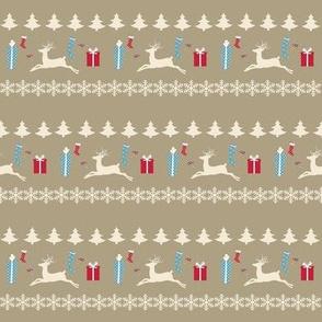Raindeer Christmas cheer-cream puff