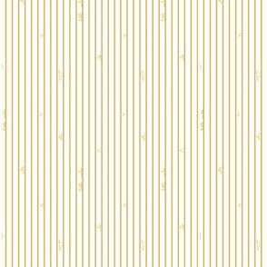 Little_Sailor_mustard_on_white