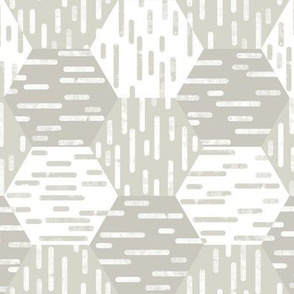 Small Scale Hexagonal Cheater Quilt | Inky Rounded Lines Pattern | White and Beige / Light Warm Gray
