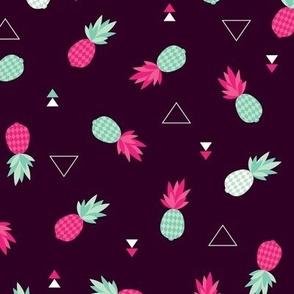 Geometric pineapple fruit hot tropical summer print in pink