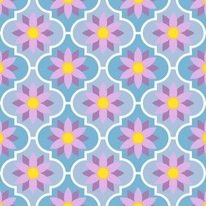 04029355 : crombus flower : spoonflower0038