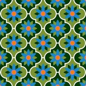 04036585 : crombus flower : spoonflower0090