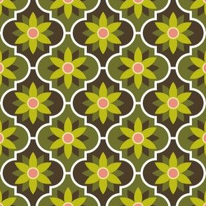04042559 : crombus flower : spoonflower0210