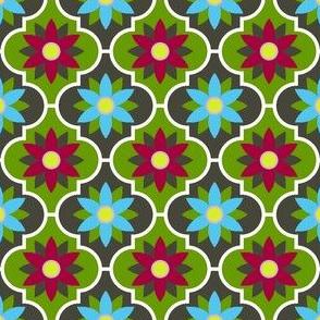 04042621 : crombus flower : spoonflower0263