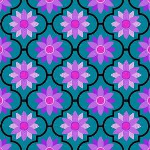 04046350 : crombus flower : synergy0005