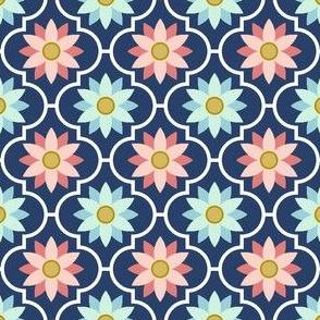 04048780 : crombus flower : trendy1