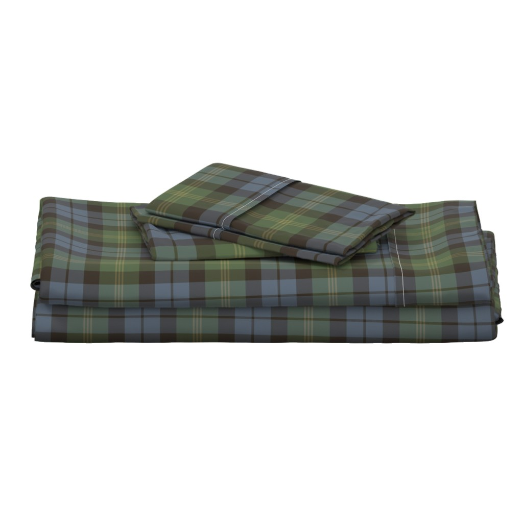 Langshan Full Bed Set featuring Ancient Gordon tartan, traditional colors by weavingmajor