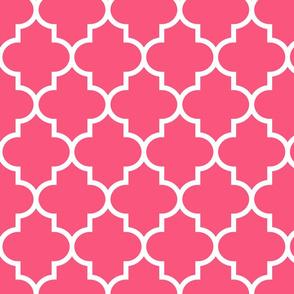 quatrefoil LG hot pink