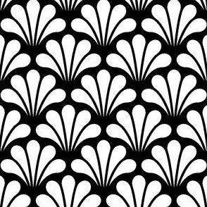 04217983 : splash1x : white on black